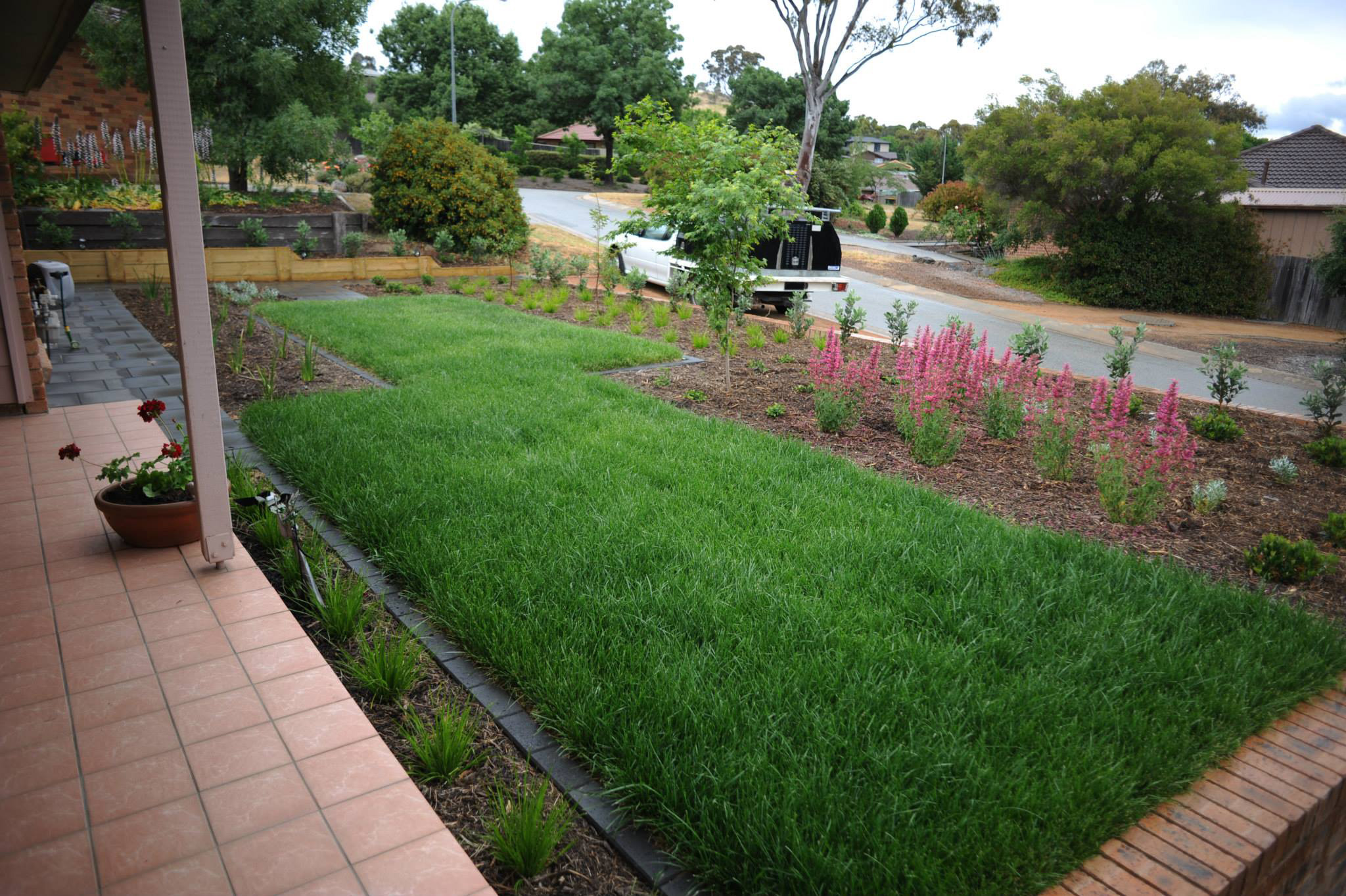 Cousin Place, ACT. Turfing, Gardening and Paving 2